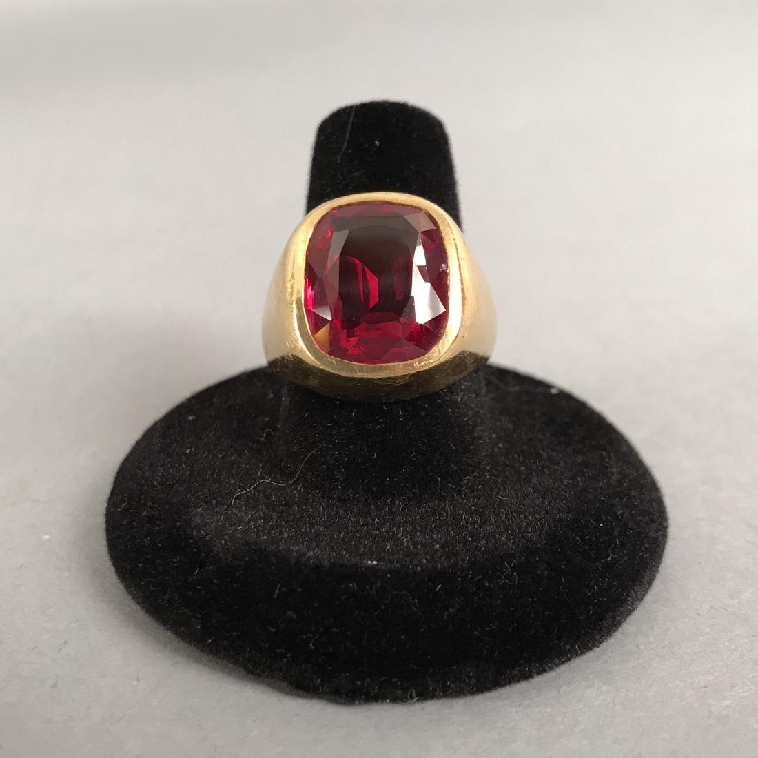 Mens 18K Gold Ruby Ring