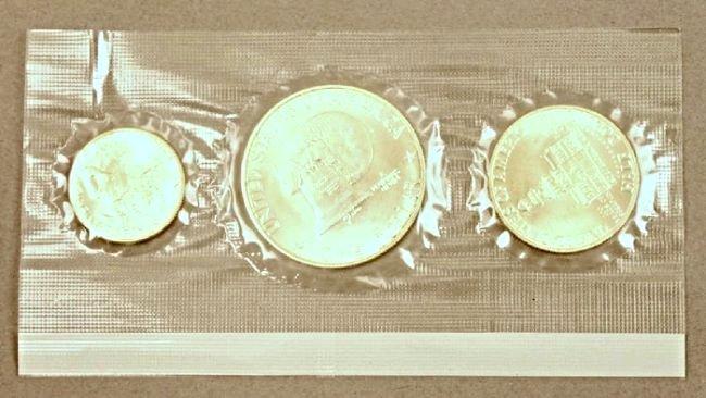 12 Eisenhower Silver Sets - 3