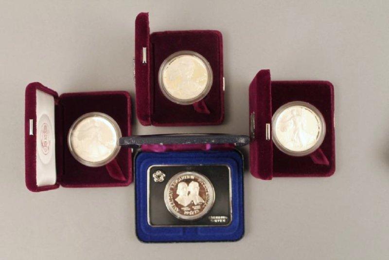 3 Am Eagle & One Silver Am Rev Bicentennial Medal - 3