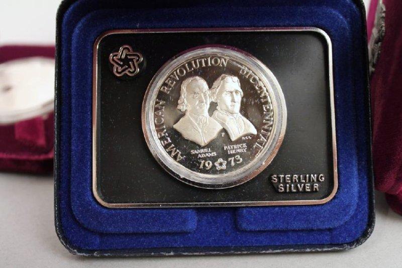 3 Am Eagle & One Silver Am Rev Bicentennial Medal - 4