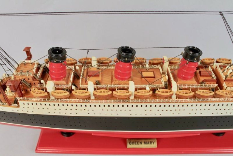 Vintage Model of Queen Mary Cruise Ship - 3