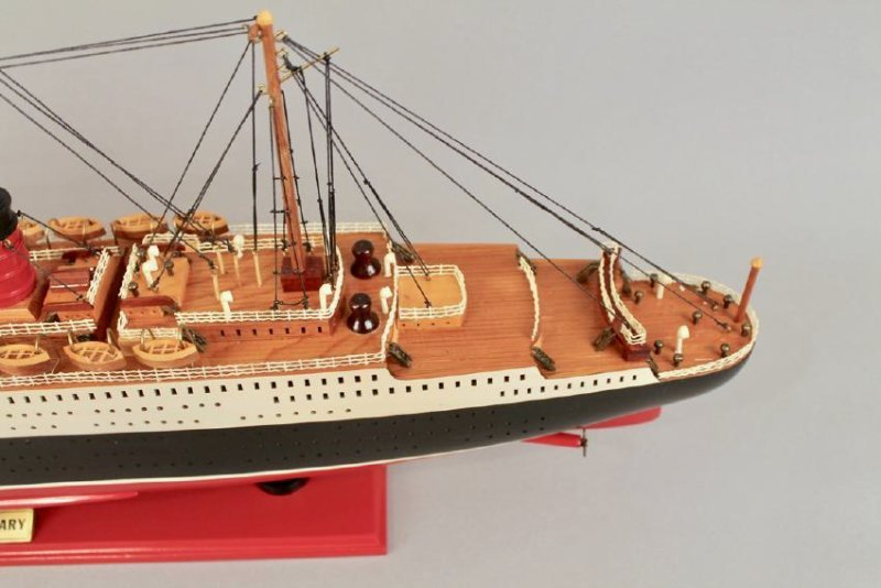 Vintage Model of Queen Mary Cruise Ship - 4