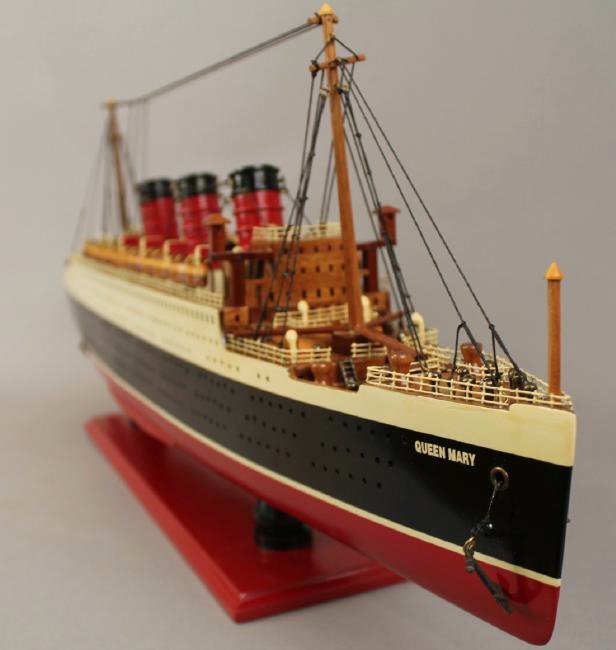 Vintage Model of Queen Mary Cruise Ship - 8