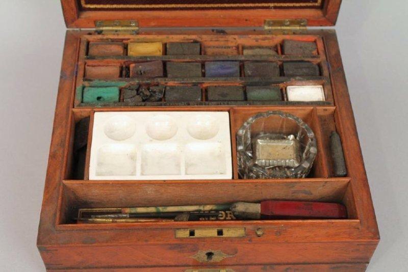 Winson & Newton Artist's Box - 3