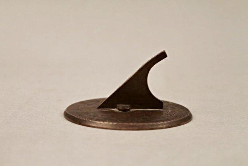 Small Bronze Sundial - 3