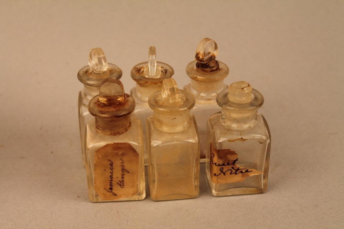 Small Leather Cased Medicine Bottle Set - 5