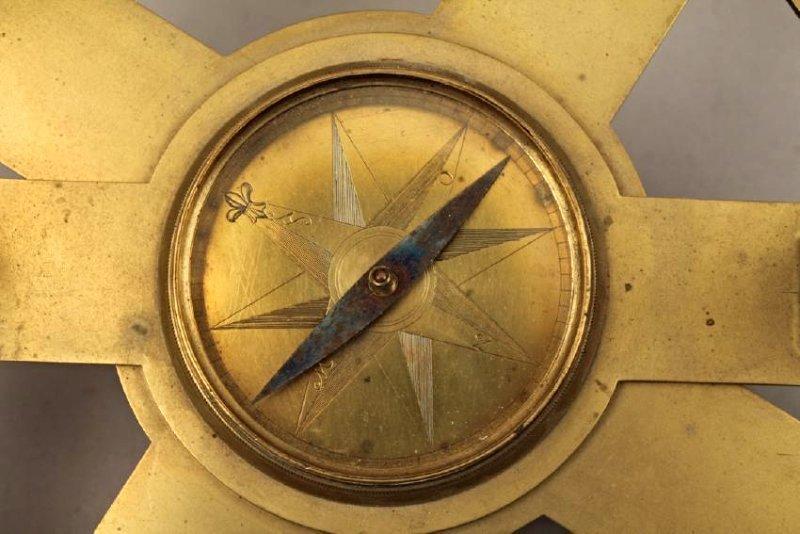 Brass Holland Circle - 2