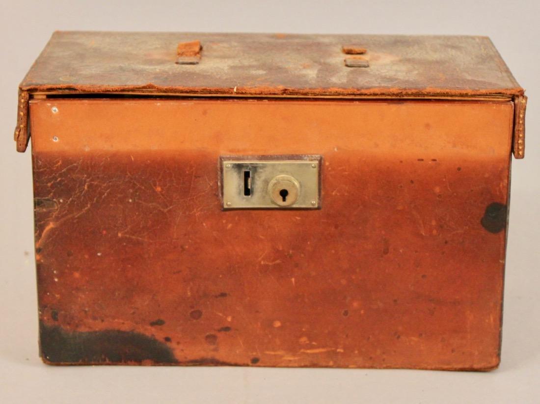 Vintage Travel Tea Service in Leather & Wood Case - 4