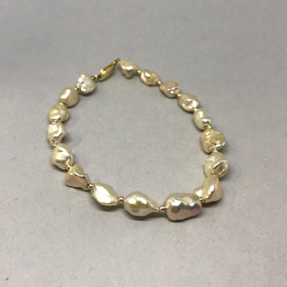 Freshwater Pearl Bracelet  14K Gold Clasp