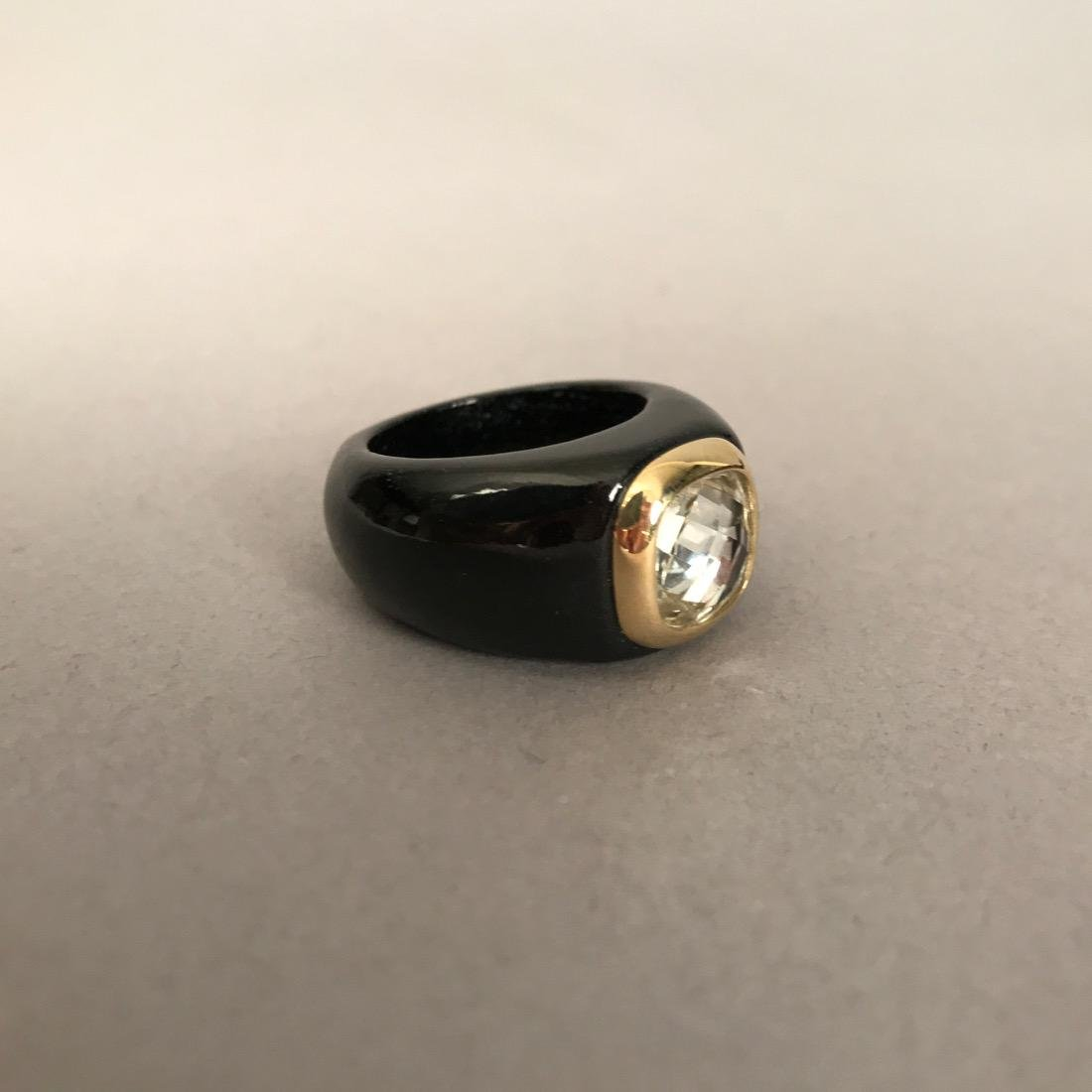 Carved Onyx Ring w Prasiolite in 14K Gold Bezel - 2