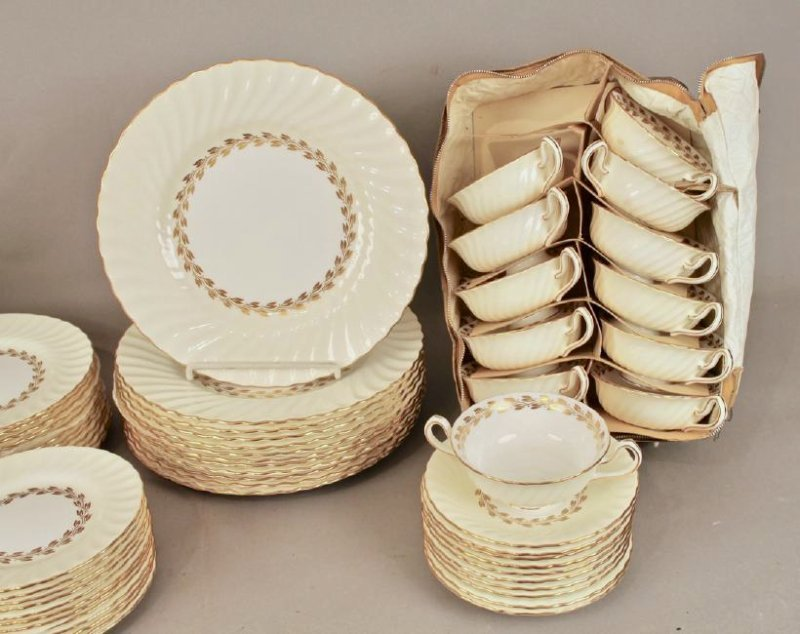 80 Pc Minton Gold Cheviot Bone China - 2