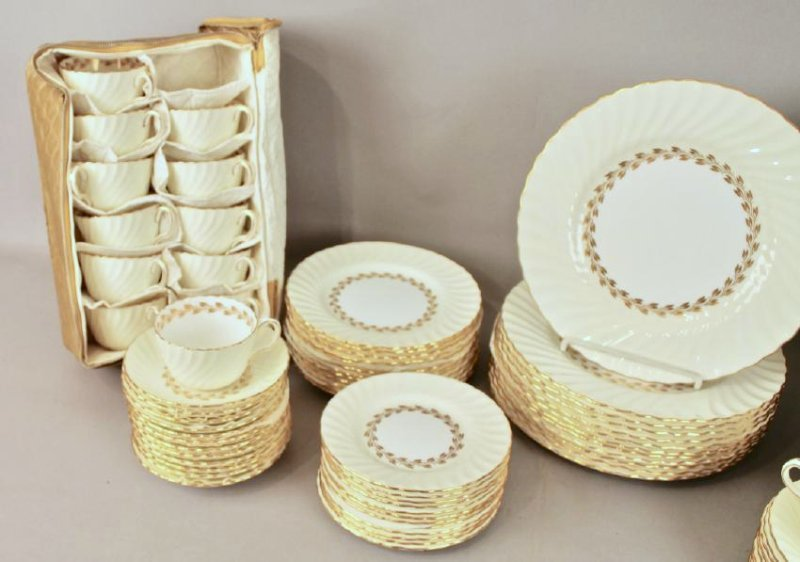 80 Pc Minton Gold Cheviot Bone China - 3