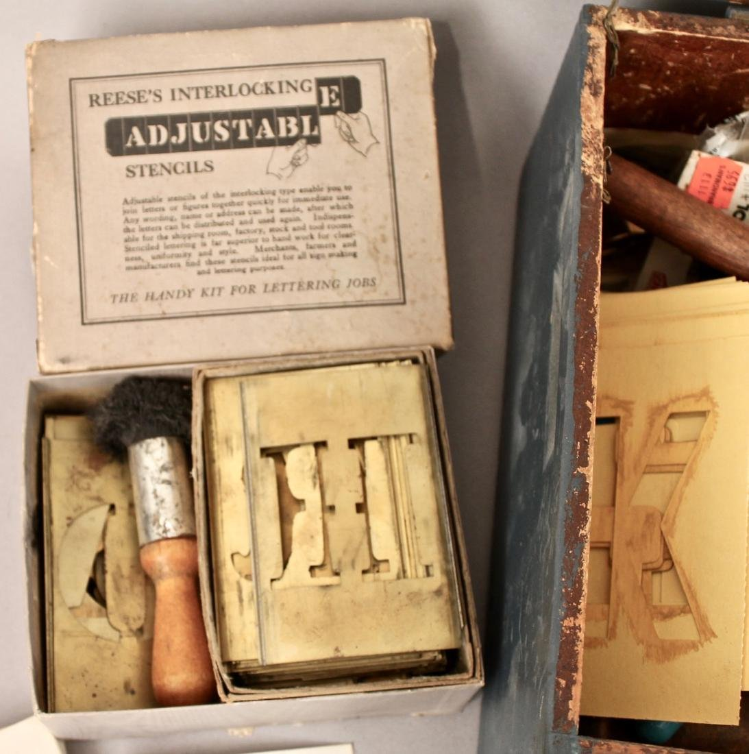 Box of Vintage Painters Tools, Grain Painting - 5