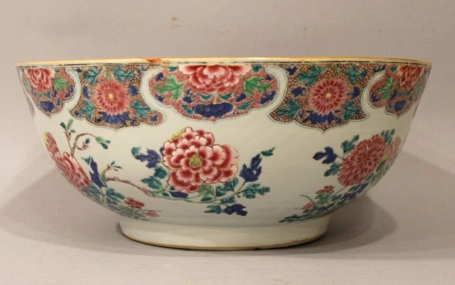 Large Chinese Center Bowl with Floral Motif