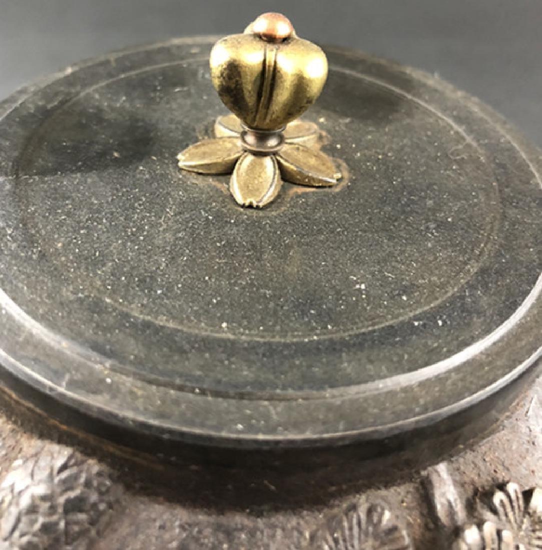 19th century Japanese production iron pot - 3