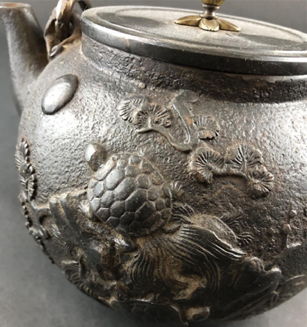 19th century Japanese production iron pot - 6