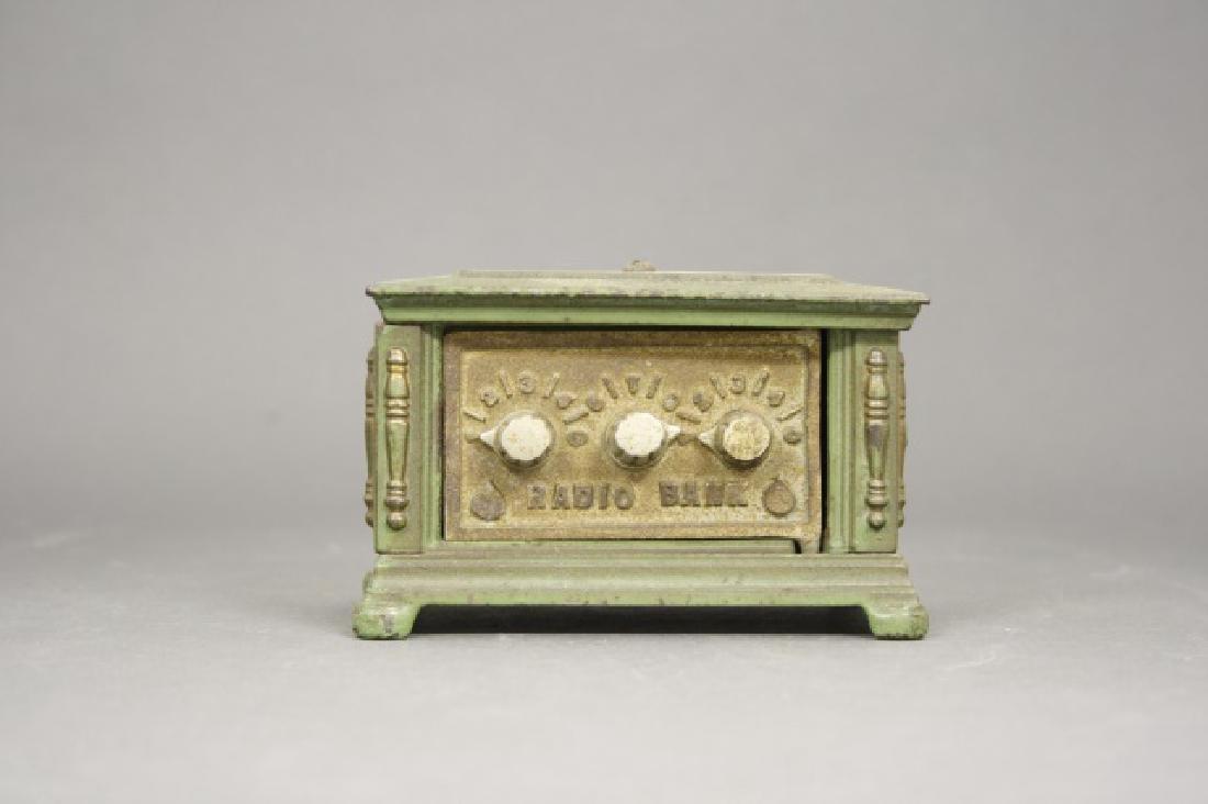 Radio Three Dials, Small