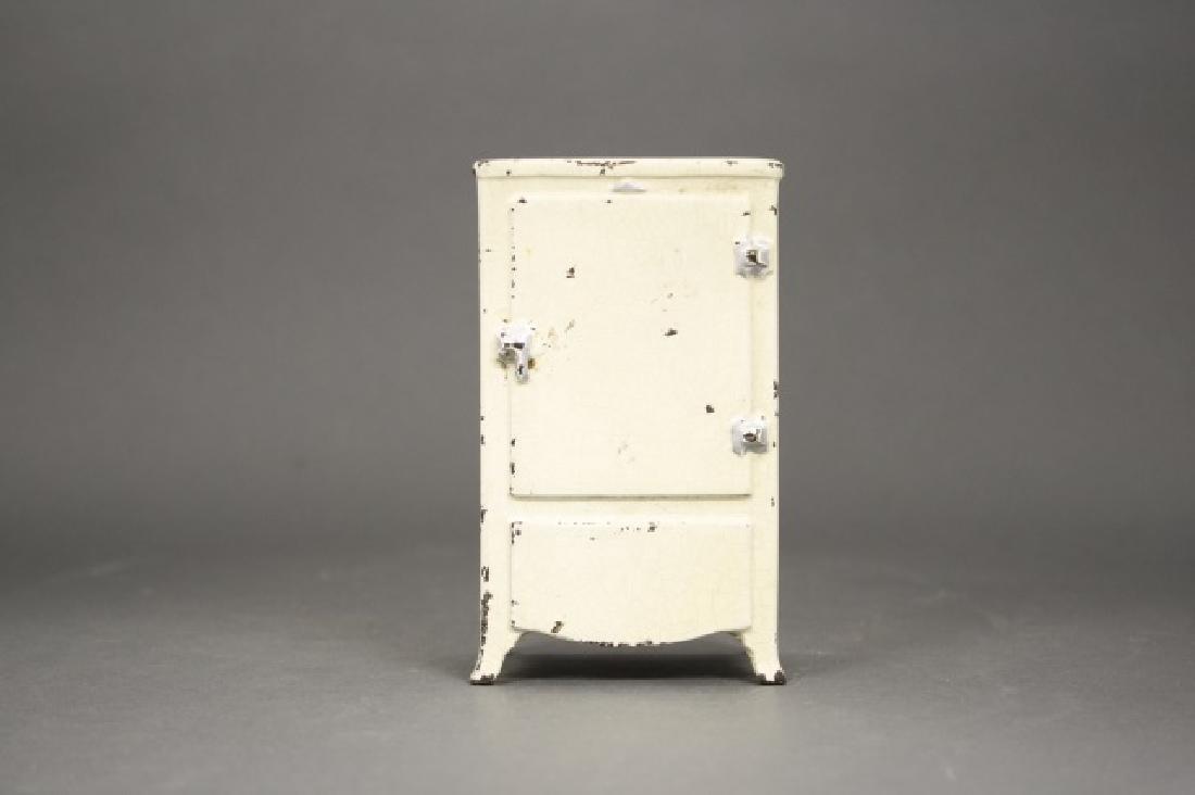 Mayflower Electric Refrigerator
