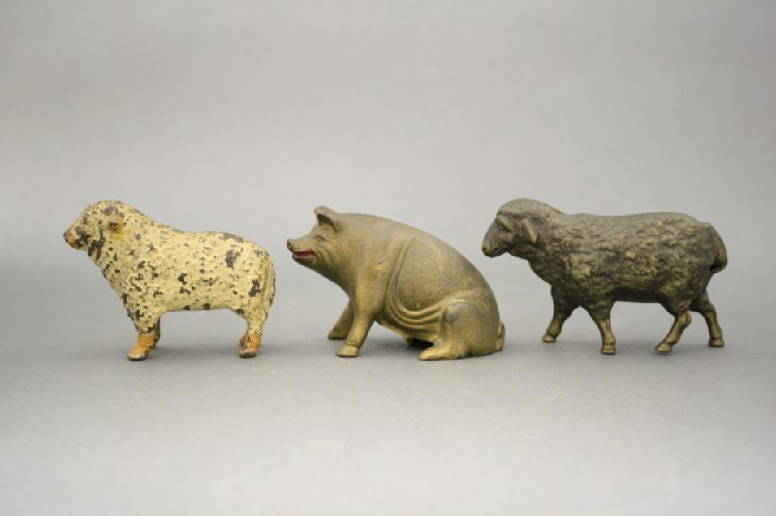 Lot: Three Animals
