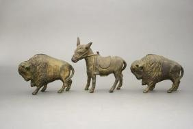 Lot: Three Animals
