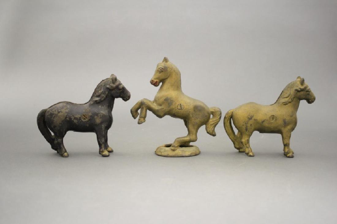 Lot: Three Horses - 2