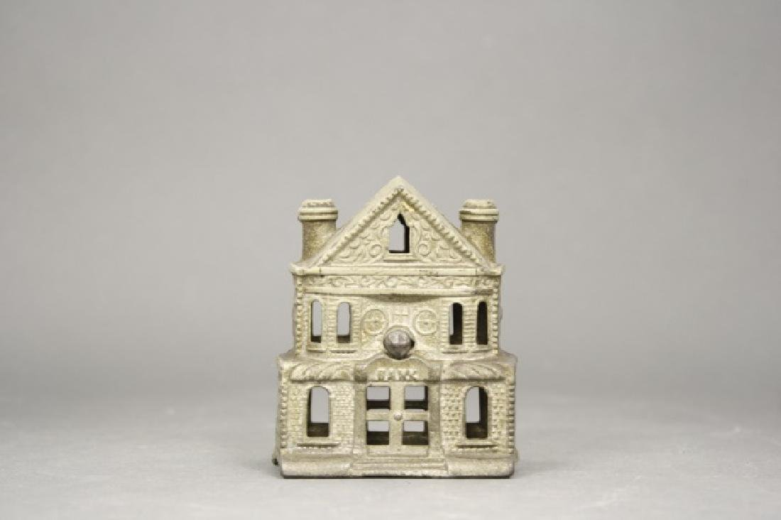 Victorian House, Small