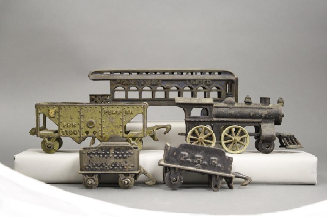 Lot: Cast Iron Train Cars - 2