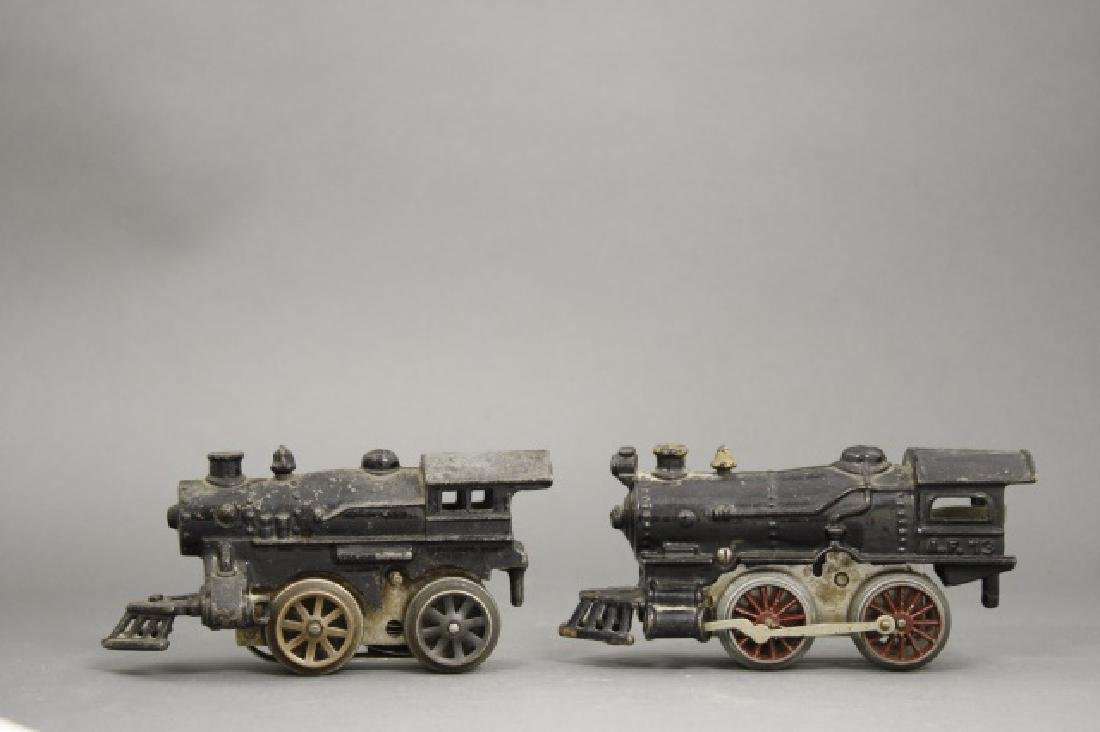Lot: Two Windup Locomotives