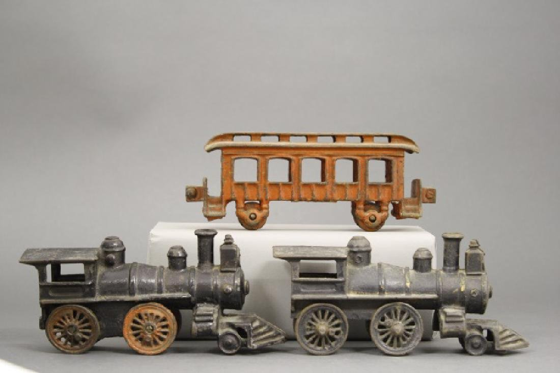 Lot: Two Locomotives and One Passenger Car - 2