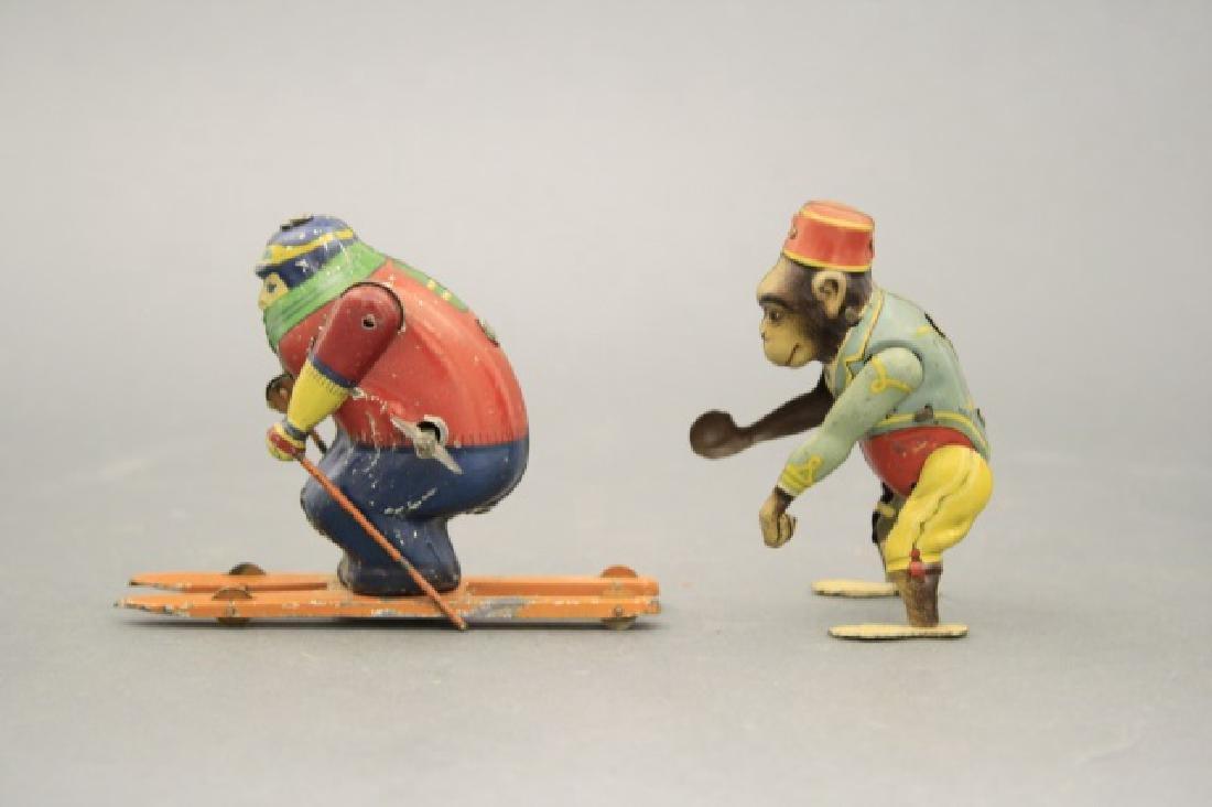 Lot: Skier, Monkey Bell Hop