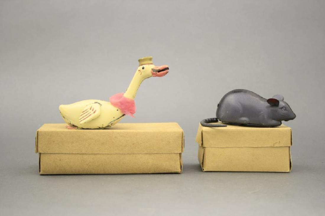 Lot: Goose, Swan - 2