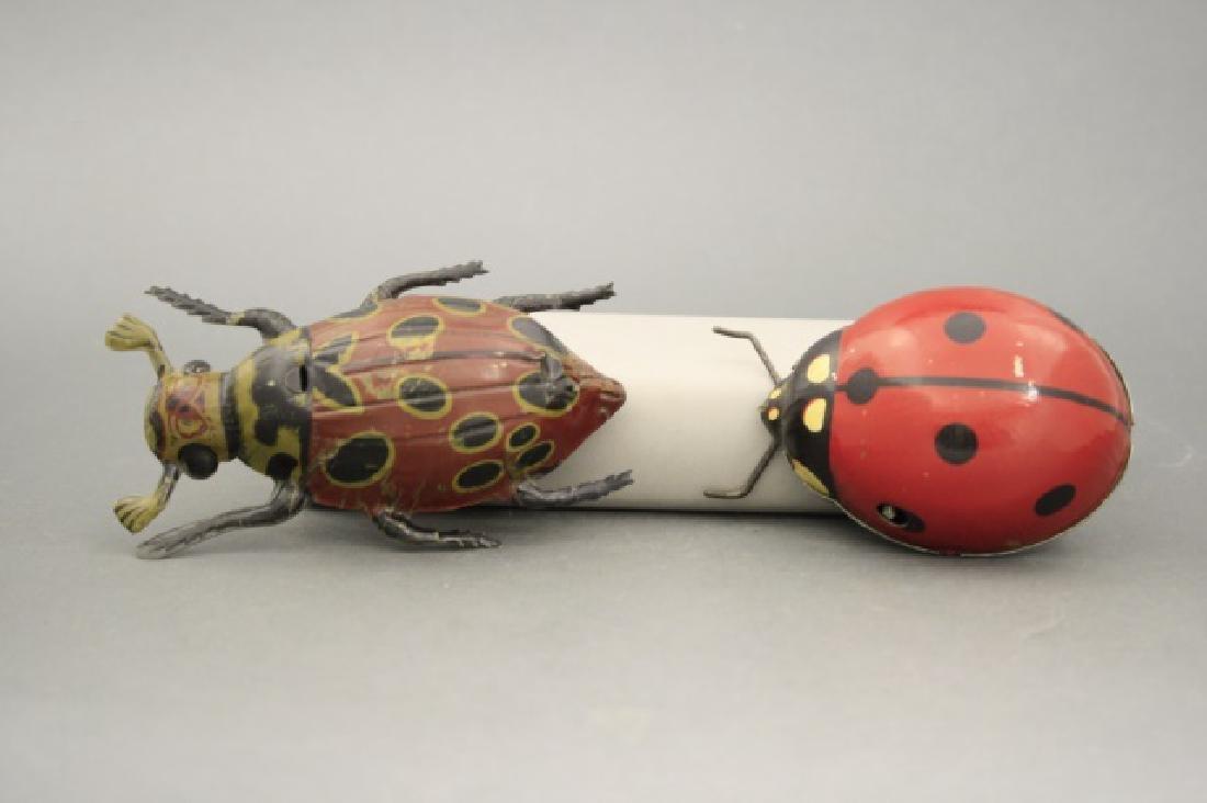 Lot: Beetle, Lady Bug