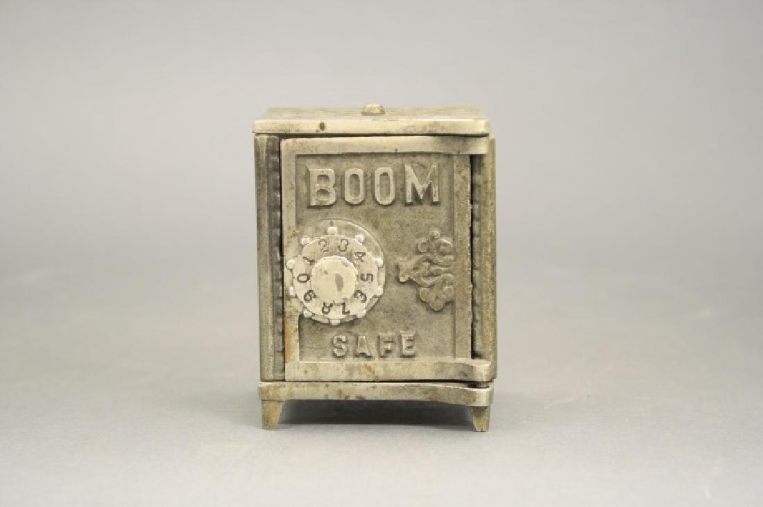 """Boom"" Safe"