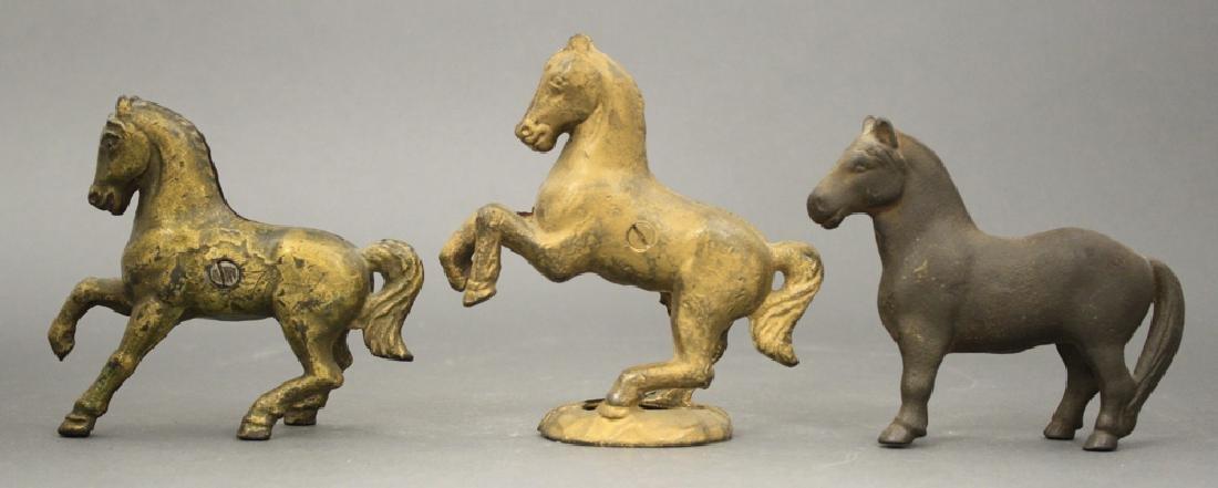 Lot: Three Horse Banks
