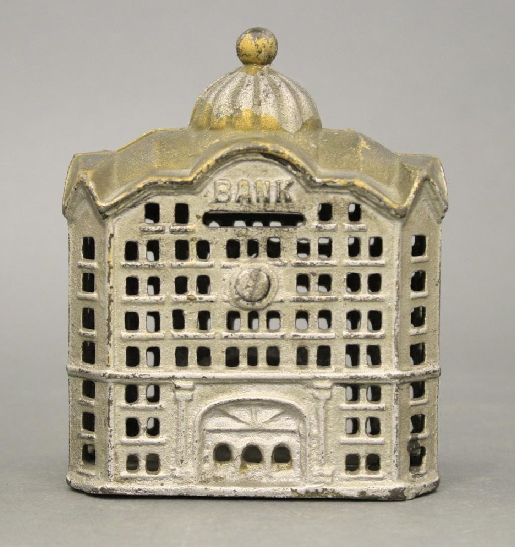 Domed Bank, Large