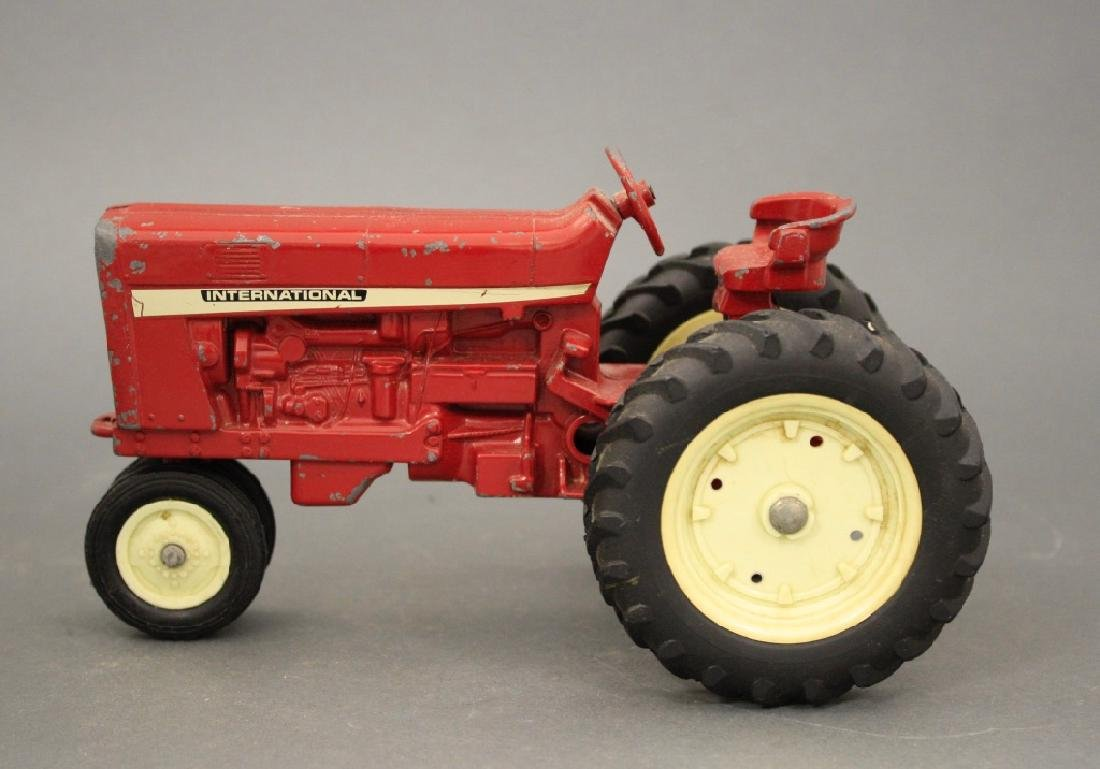 International Tractor - 2