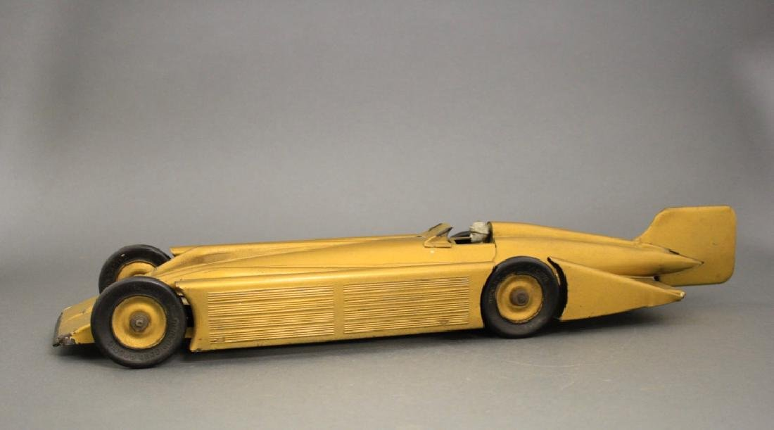"""Golden Arrow"" Racer"
