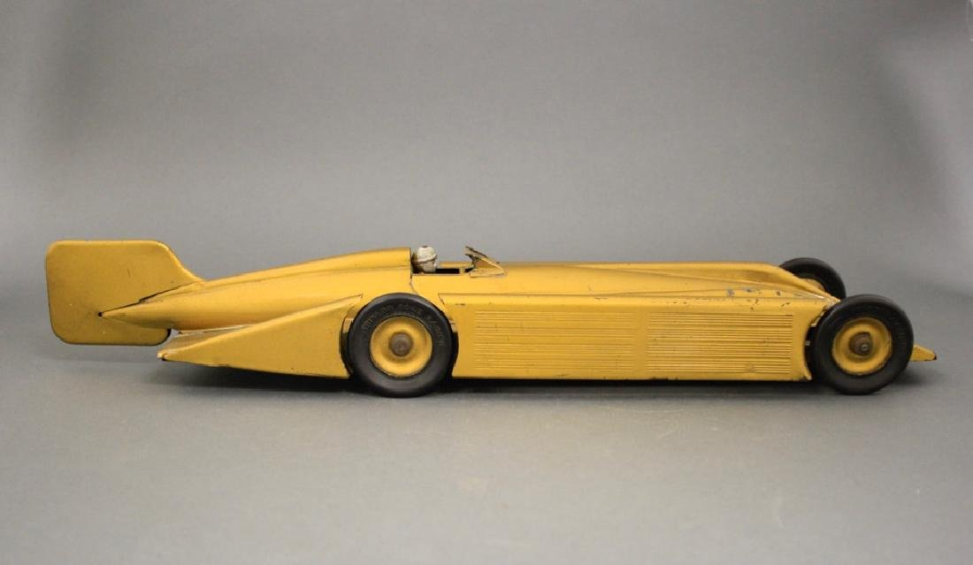 """Golden Arrow"" Racer - 2"