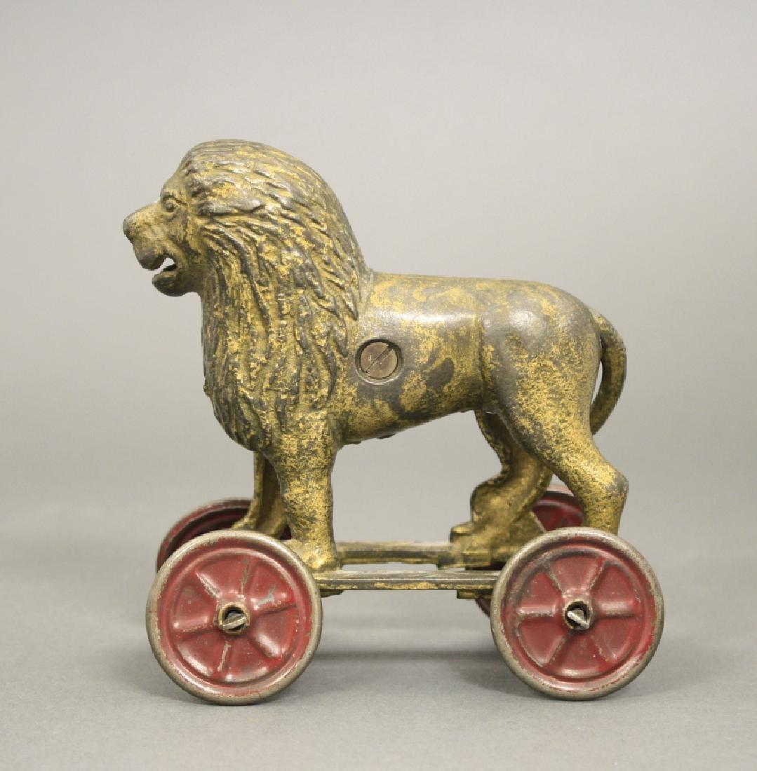 Lion on Wheels