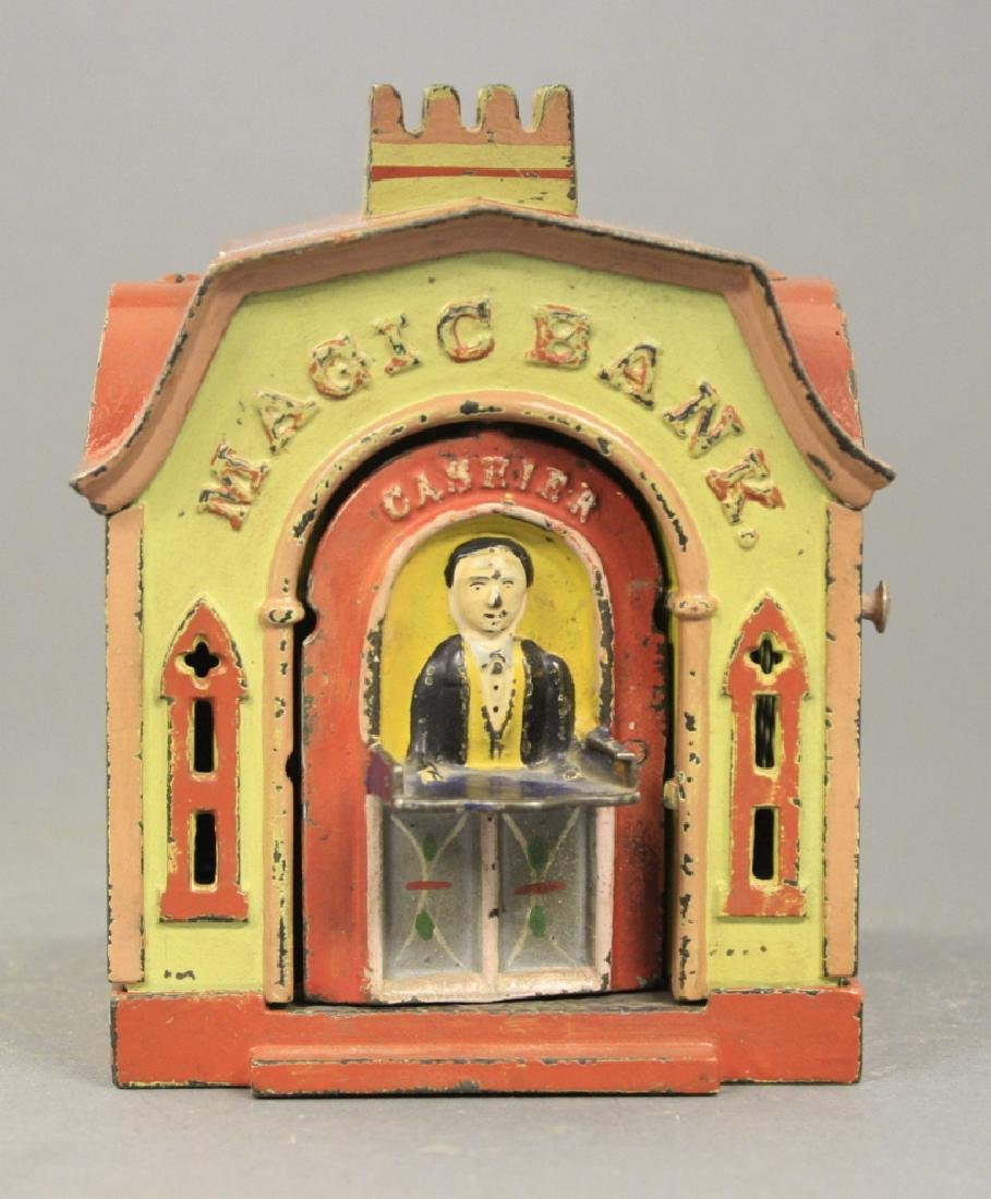 Magic Bank - Green and Red