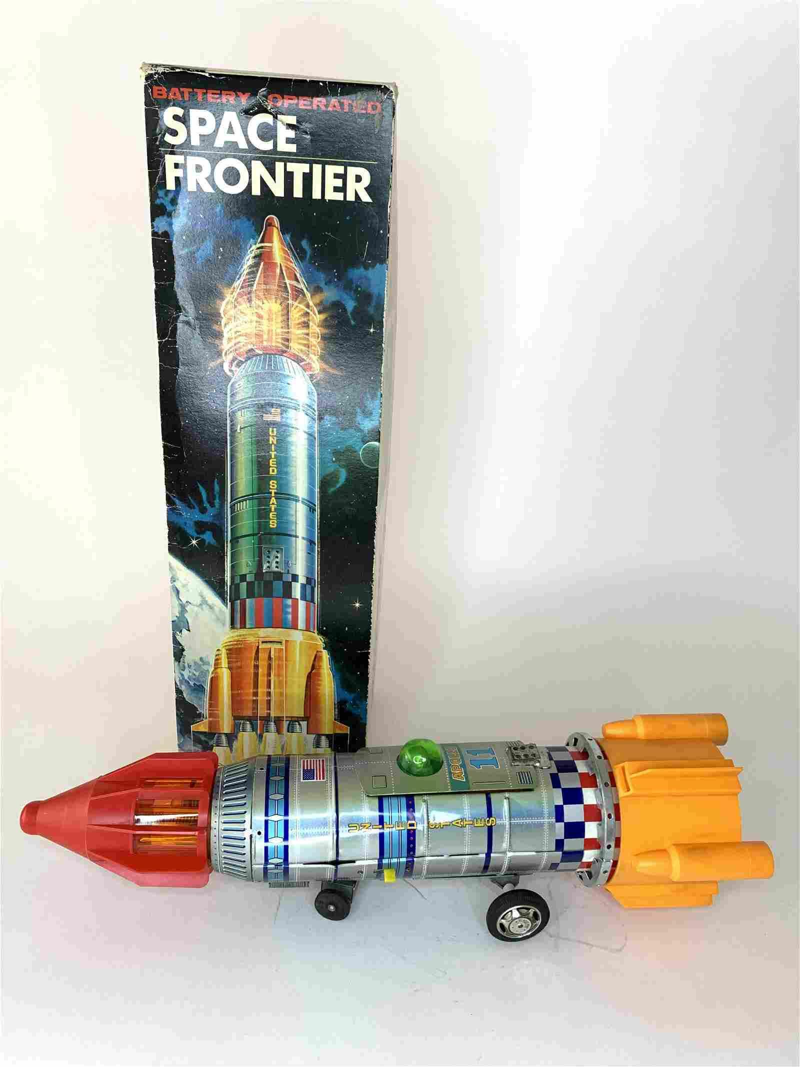 Space Frontier US Apollo 11 Rocket