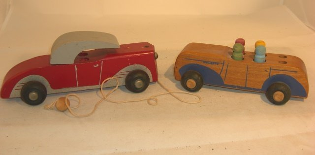 2 WOOD CARS