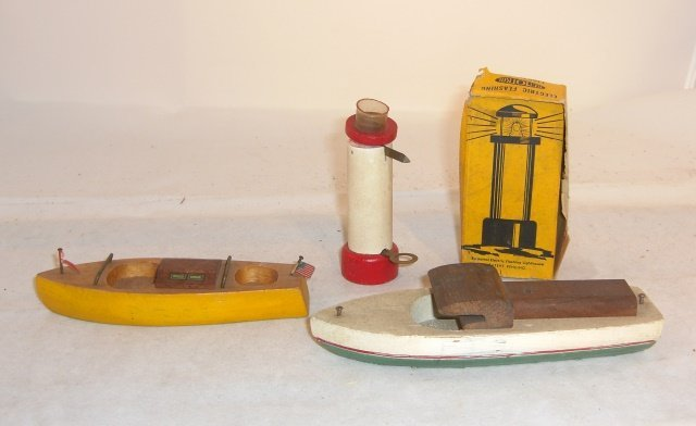 2 WOOD BOATS AND LIGHTHOUSE WITH BOX