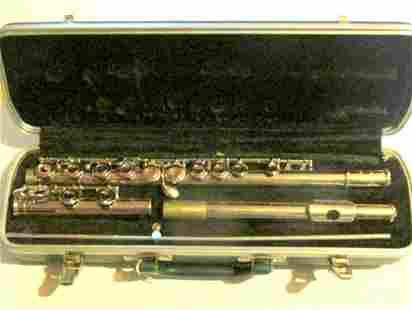 Bundy Selmar Cased Flute