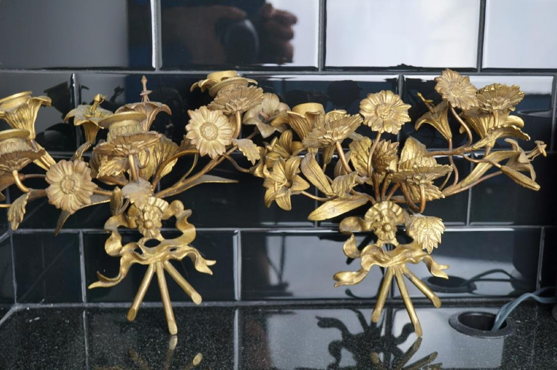 Pair of Floral Brass Sconces - 4