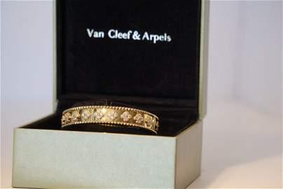 18k Yellow Gold Perlee Diamond fluer de lis Van Cleef