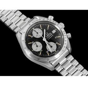 A gent's classic Speedmaster chronograph bracelet watch
