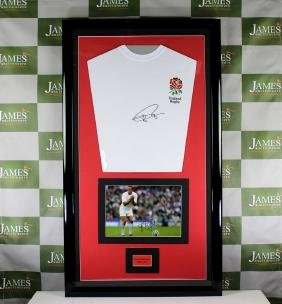 A Johnny Wilkinson signed England rugby jersey & signed