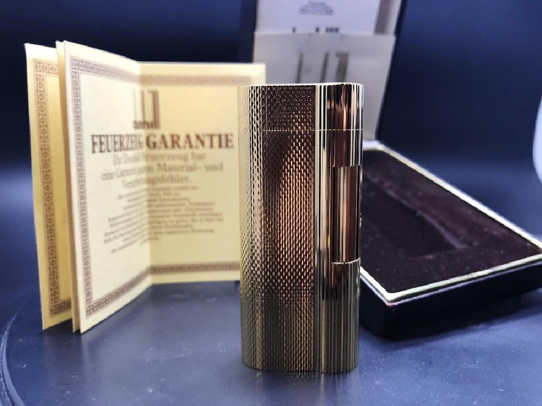 Gold plated Dunhill lighter in excellent order/case &