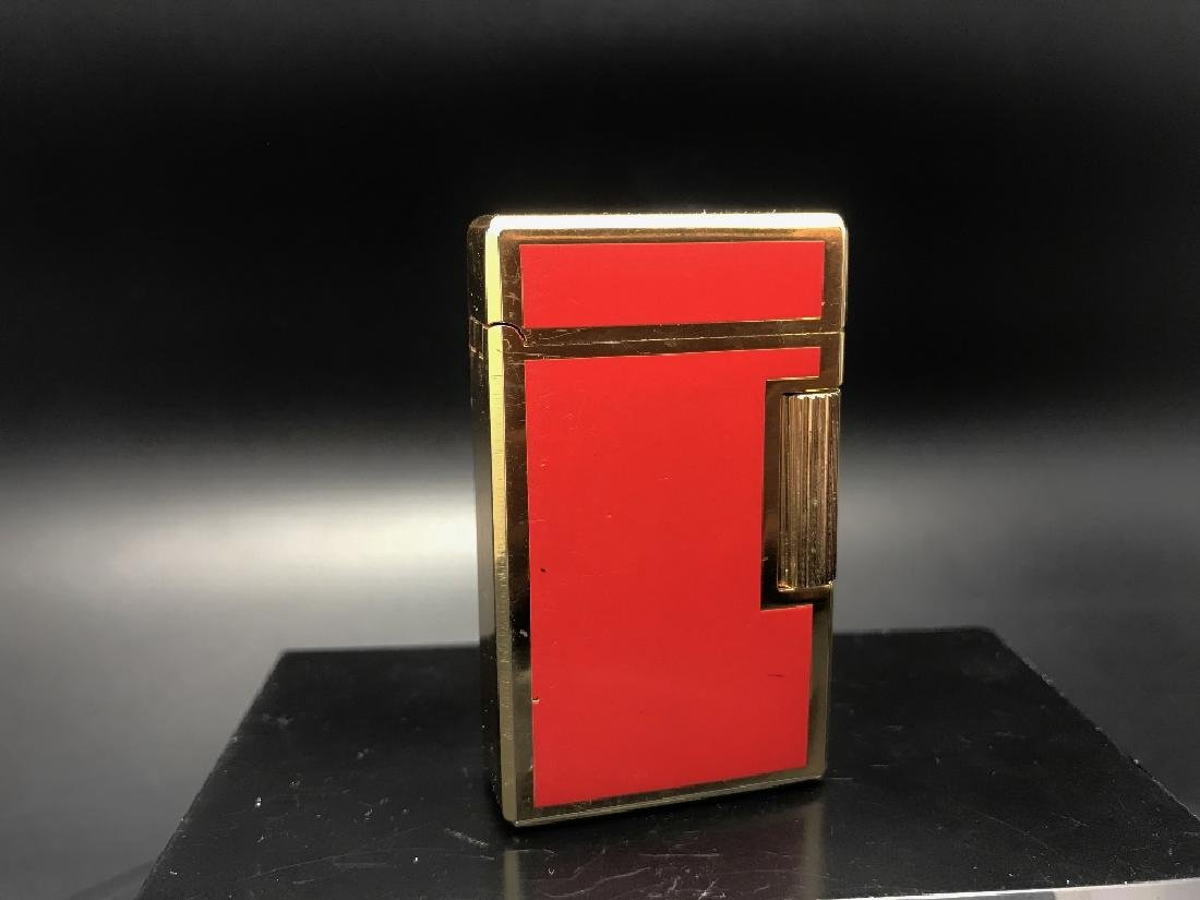 Gold plated Win lighter in good order